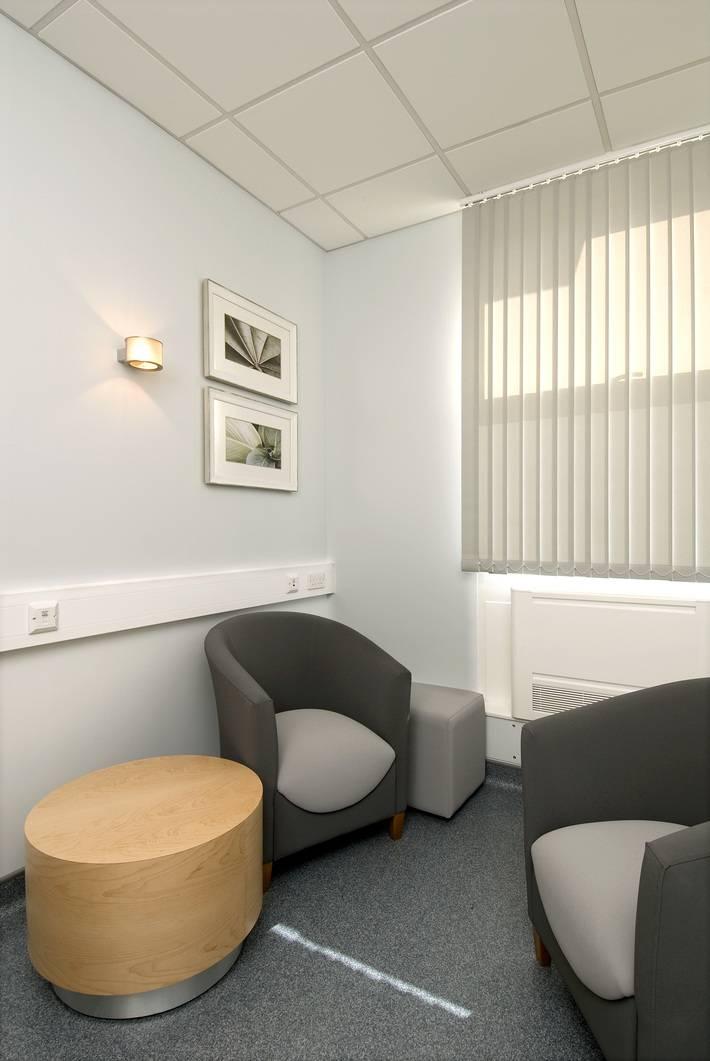 frimley_park_hospital-_sept_09_57